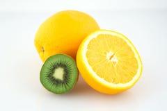 Orange und Kiwi Stockfoto