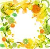 Orange und Limettensaft spritzen mit abstrakter Welle Stockfotos