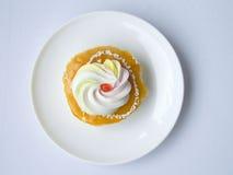 Orange vanilla cream cake Royalty Free Stock Images