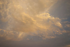 Orange Wüsten-Wolken Lizenzfreies Stockfoto