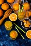 Orangeade dans un verre photo libre de droits