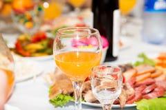 Orangeade sur la table image libre de droits