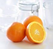 Orangen für Marmelade Stockfoto