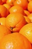 Orangen im Markt Lizenzfreies Stockfoto
