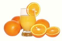 Orangen und Orangensaft Stockfoto
