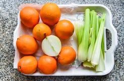 Orangen und Zwiebel Lizenzfreies Stockfoto