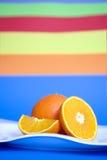 Oranges de la plaque blanche Image libre de droits