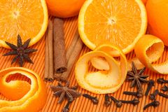 Oranges et épices Photographie stock libre de droits
