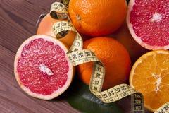 Oranges et bande fraîches Photos libres de droits