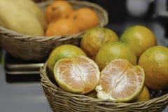 Oranges&mangoes royaltyfri bild
