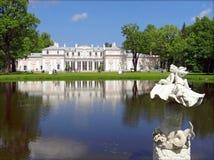 ORANIENBAUM,俄罗斯- 2012年6月10日:中国宫殿照片  库存照片
