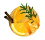 Oranje cocktail hoogste die mening op witte achtergrond, het knippen wordt geïsoleerd royalty-vrije stock afbeelding