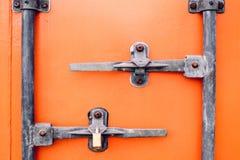 Oranje Containerdeur royalty-vrije stock foto's