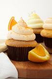 Oranje Creamsicle Cupcake Royalty-vrije Stock Foto