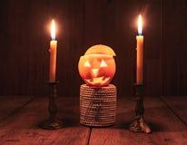 Oranje Duivel Halloween met kaars Stock Foto's