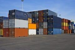 Oranje en blauwe containers Stock Foto