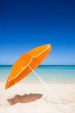 Oranje en blauwe reisachtergrond Stock Foto
