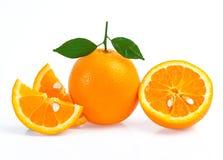 Oranje fruit dat op witte achtergrond wordt geïsoleerdi Stock Foto