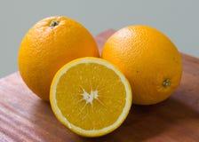 Oranje fruit voor gezond en vitamine C Stock Foto's