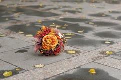 Oranje huwelijksboeket Stock Fotografie