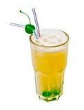 Oranje ijzige cocktail die op wit wordt geïsoleerd Royalty-vrije Stock Afbeeldingen