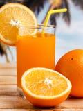 Oranje Juice Healthy Indicates Fruity Liquid en Organisch royalty-vrije stock foto's