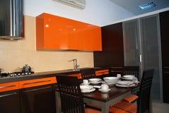 Oranje keuken Stock Fotografie