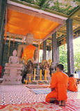 Oranje kleur in Boeddhisme Stock Afbeeldingen