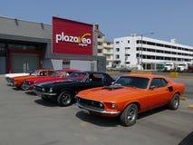 Oranje kleur Ford Mustang Fastback V351 in Lima Royalty-vrije Stock Foto's