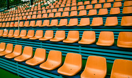 Oranje lege zetels Stock Foto's