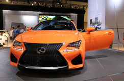 Oranje Lexus 2015 stock afbeelding