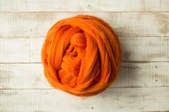 Oranje merinoswolbal Stock Fotografie
