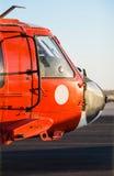 Oranje militaire helikopter royalty-vrije stock foto