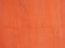 Oranje muur met dunne barstlijn Royalty-vrije Stock Afbeeldingen