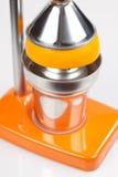 Oranje Pers Juicer Royalty-vrije Stock Foto's