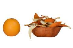 Oranje schil en sinaasappel stock afbeelding