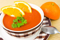 Oranje soep royalty-vrije stock afbeeldingen