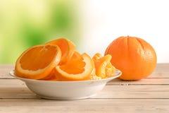 Oranje vruchten in een kom royalty-vrije stock afbeeldingen