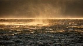 Oranje wind over het overzees royalty-vrije stock afbeelding