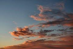 Oranje wolkenvorming royalty-vrije stock foto