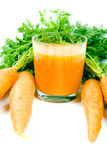 Oranje wortelen en sap Royalty-vrije Stock Afbeelding