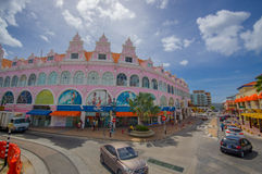 ORANJESTAD, ARUBA - NOVEMBER 05, 2015: Straten van Royalty-vrije Stock Afbeelding