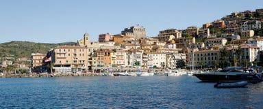 Orbetello hamn och stad Arkivbilder