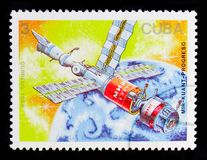 Orbitalkomplex Mir-Kuant, Satellites and Space Probes serie, circa 1988. MOSCOW, RUSSIA - OCTOBER 1, 2017: A stamp printed in Cuba shows Orbitalkomplex Mir-Kuant stock images