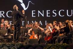 Orchesterkonzert stockfotos