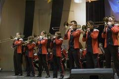 Orchestra dell'ottone di anni dell'adolescenza Immagine Stock Libera da Diritti