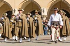 Orchestre militaire sur la place principale pendant le jour national et férié de polonais d'annuaire le jour de constitution Photo libre de droits