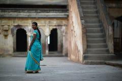 Orchha, Inde, le 28 novembre 2017 : Port indien de beauté traditionnel Image libre de droits