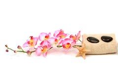 orchid spa πετσέτες Στοκ φωτογραφία με δικαίωμα ελεύθερης χρήσης