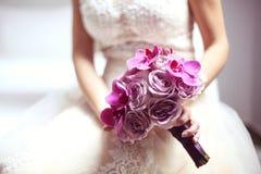 Orchidea i róże poślubia bukiet zdjęcia royalty free
